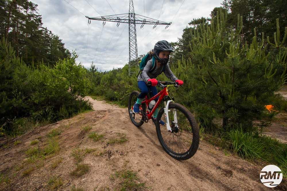 Mountainbike Kinder Kurs in Sasbachwalden - 8-12 Jahre Kids - Rock my Trail Fahrtechnik Bikeschule