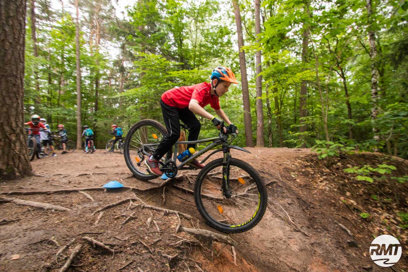 Mountainbike Kinder Kurs in Würzburg - 8-12 Jahre Kids - Rock my Trail Fahrtechnik Bikeschule