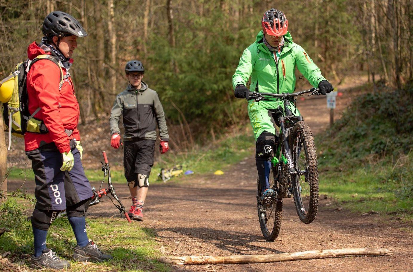 Slider_Experten Fahrtechnik Kurs in Darmstadt - Rock my Trail MTB und eBike Bikeschule 2