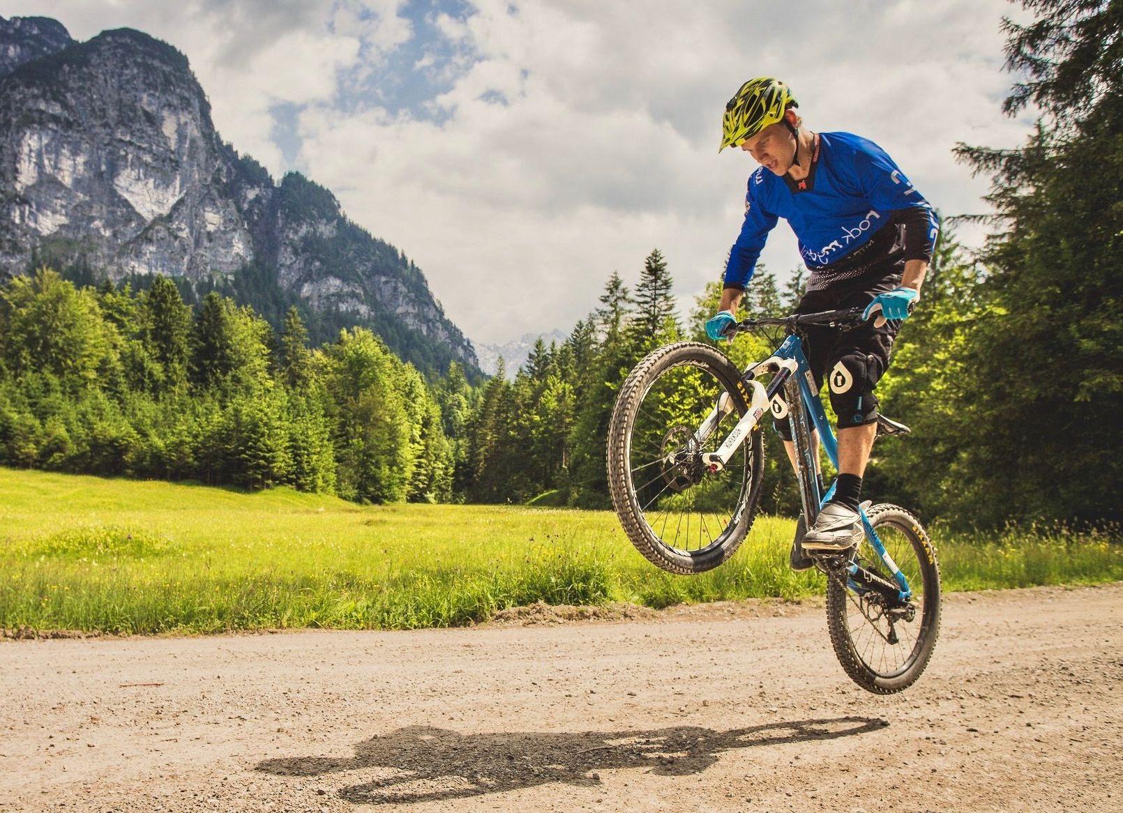 Experten Fahrtechnik Kurs in Koblenz - Rock my Trail MTB und eBike Bikeschule