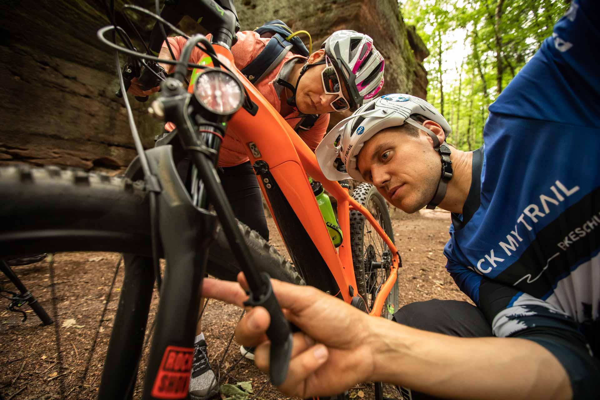 eBike Test Erlebnis eMountainbike fahren probieren Gummersbach NRW Trainer eMTB testen Rock my Trail Bikeschule 16