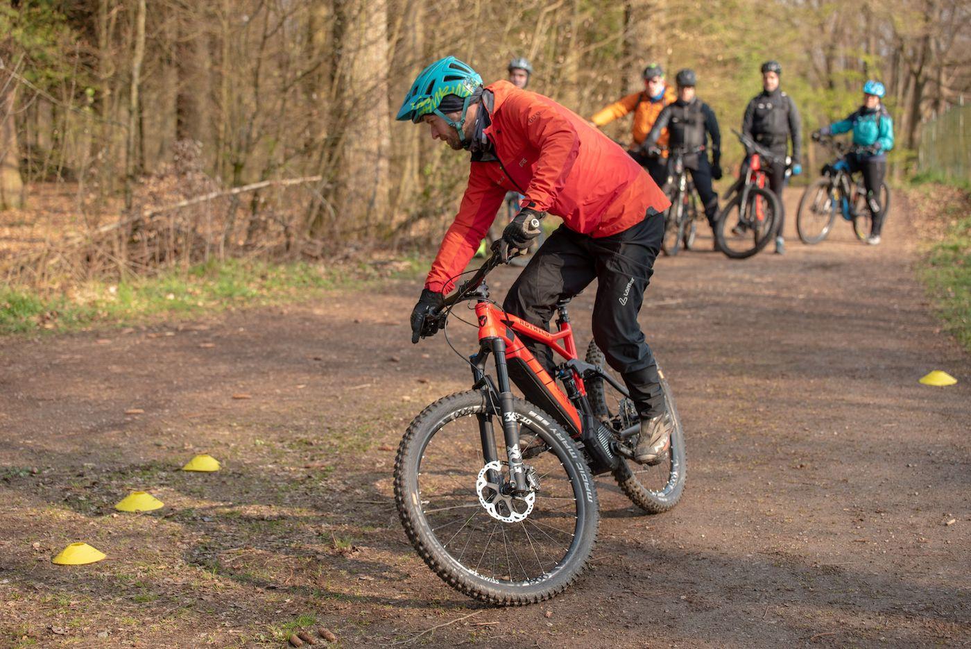 eMTB Fahrtechnik Einsteiger München Kurs für eBike Einsteiger_Rock my Trail Bikeschule