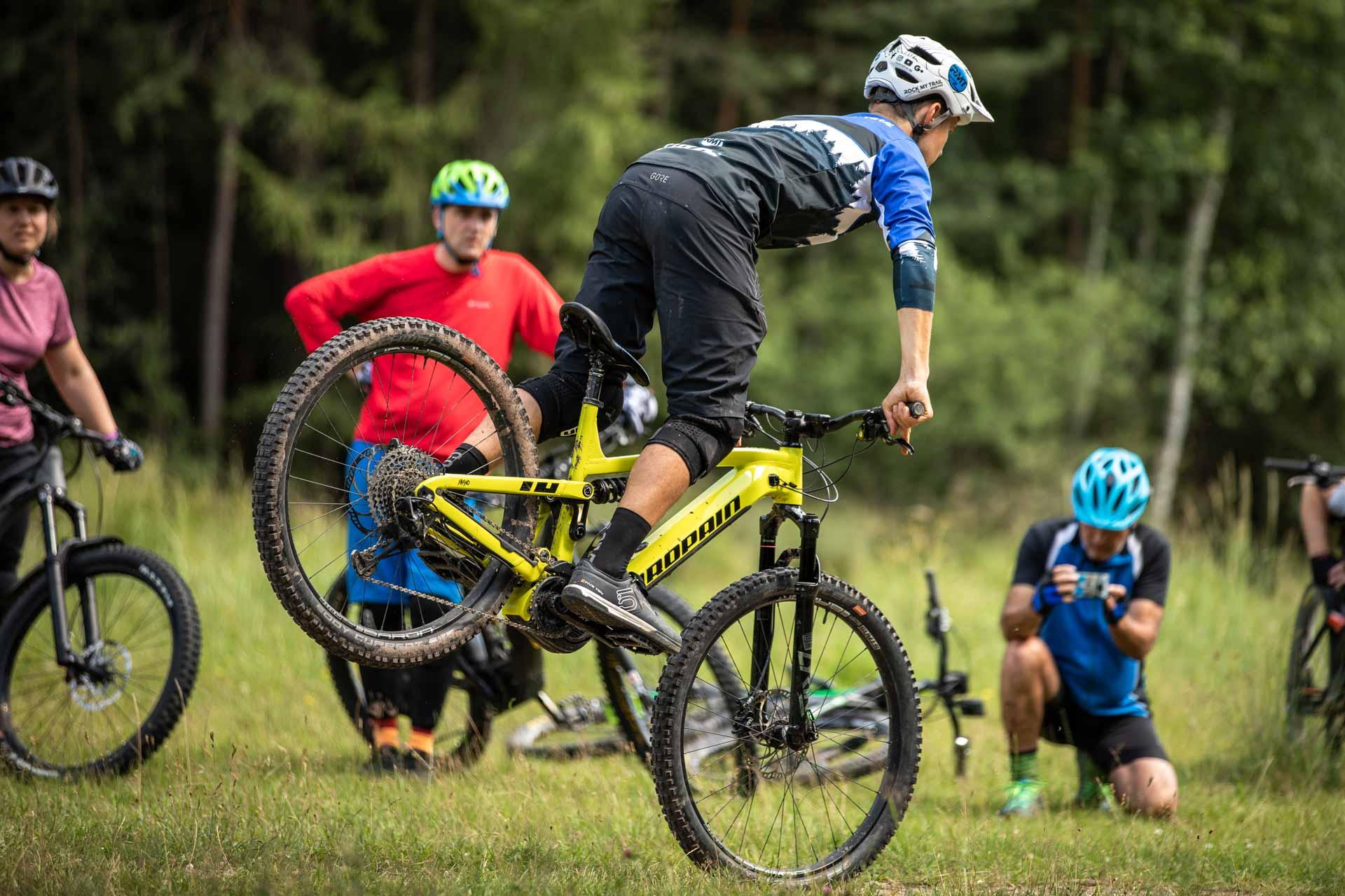 eMTB Fortgeschritten Fahrtechnik Kurs in Koblenz - Rock my Trail Bikeschule