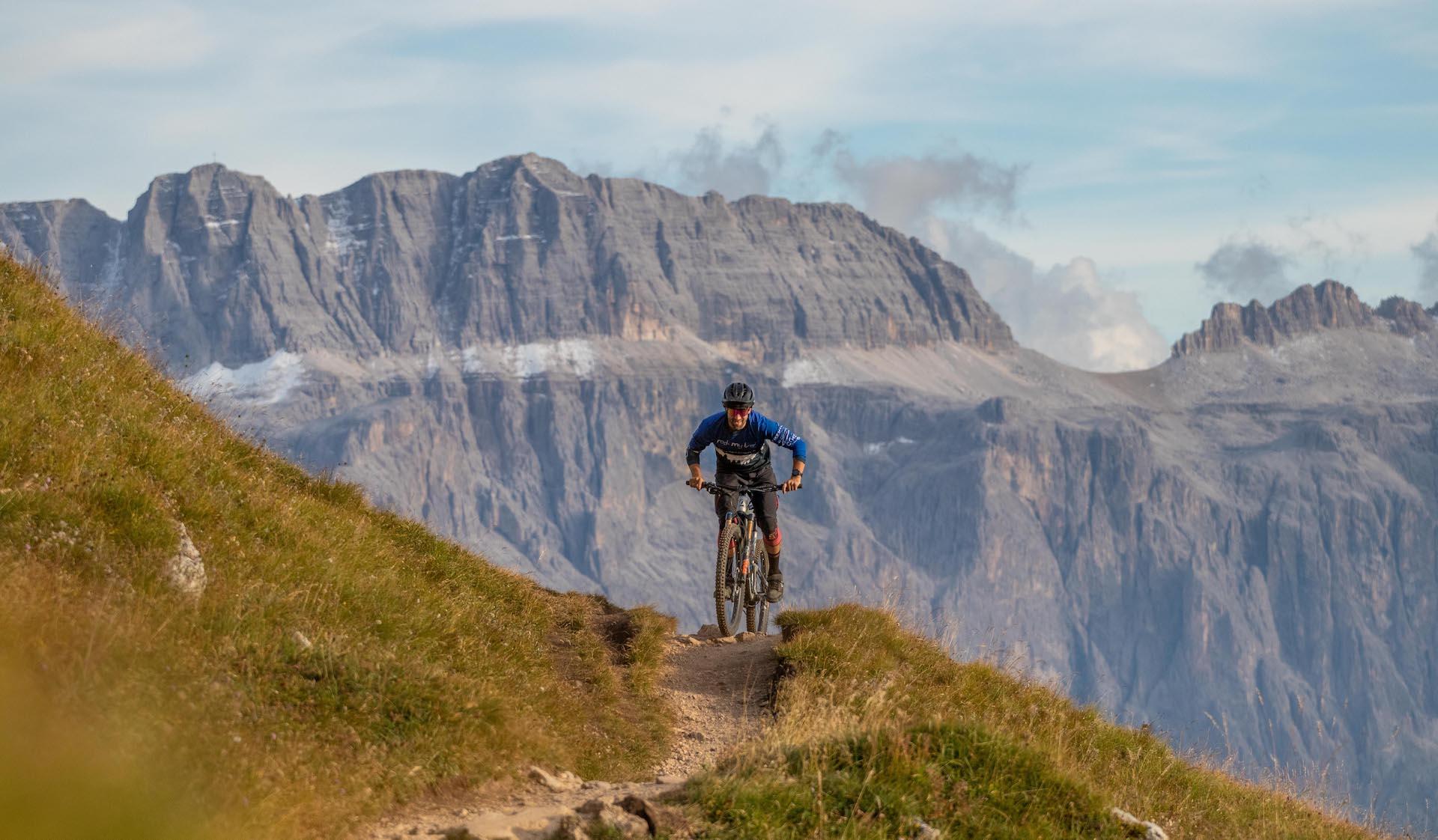 Dolomiten Mountainbike Urlaub_DolomitenCross_TransAlp_AlpenCross_Rock my Trail-33 Kopie 3