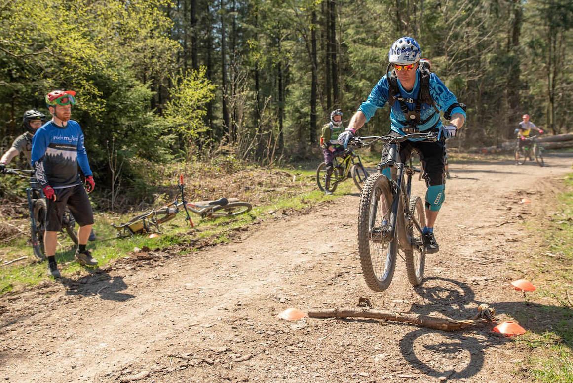 Experten Fahrtechnik Kurs in Leipzig - Rock my Trail MTB und eBike Bikeschule