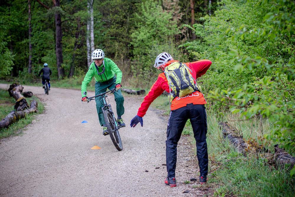 MTB Fahrtechnik Kurs Fortgeschrittene in Hamburg - Harburger Berge Norden - Mountainbike Fortgeschritten - Rock my Trail Bikeschule - 3