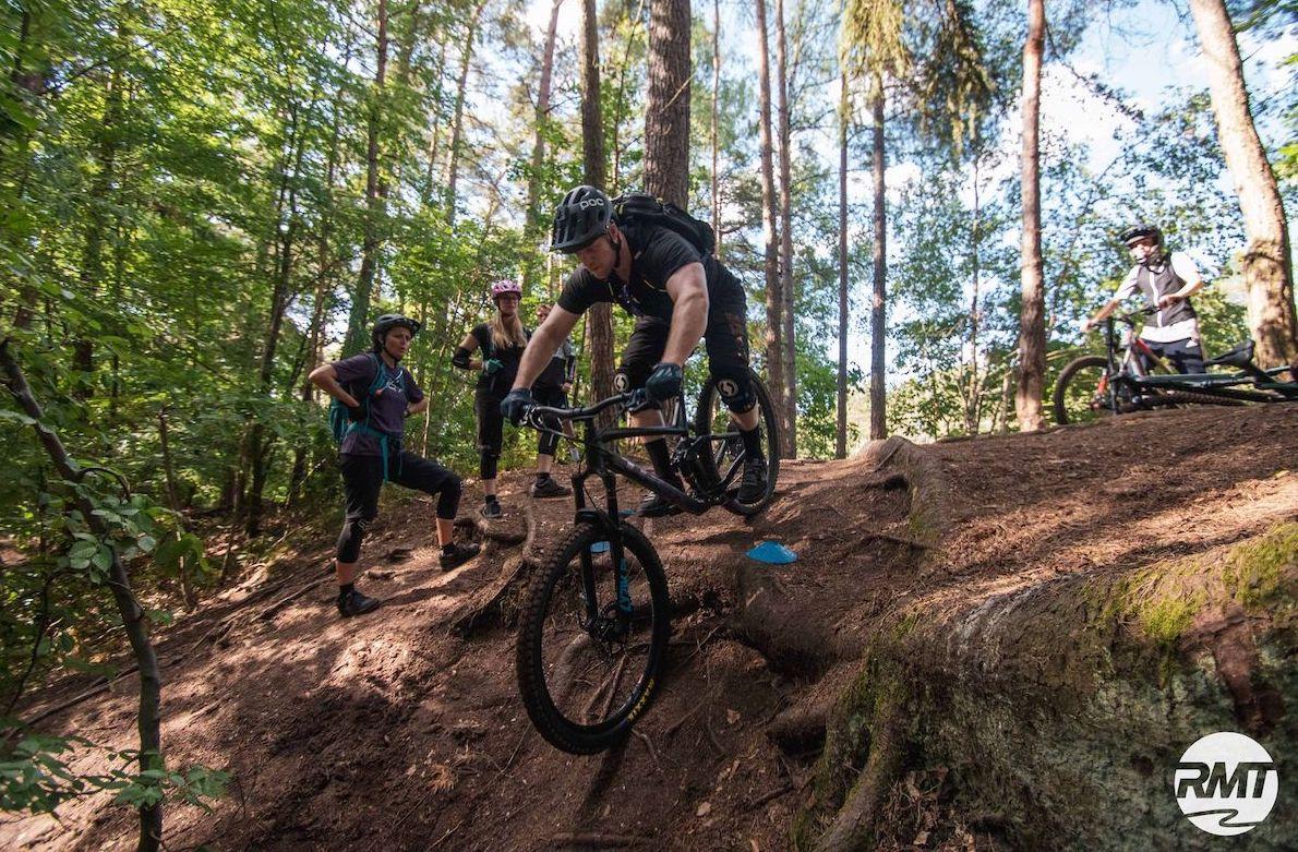 MTB Fahrtechnik Kurs Fortgeschrittene in Saarbrücken - Mountainbike Fortgeschritten - Rock my Trail Bikeschule