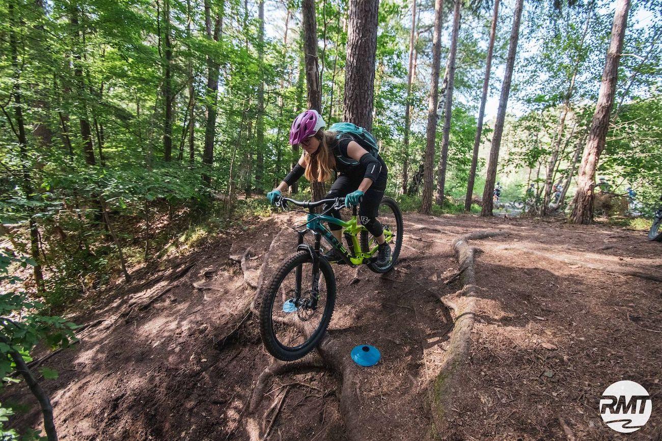 MTB Fahrtechnik Kurs Fortgeschrittene in Weiskirchen  Hochwald - Mountainbike Fortgeschritten - Rock my Trail Bikeschule