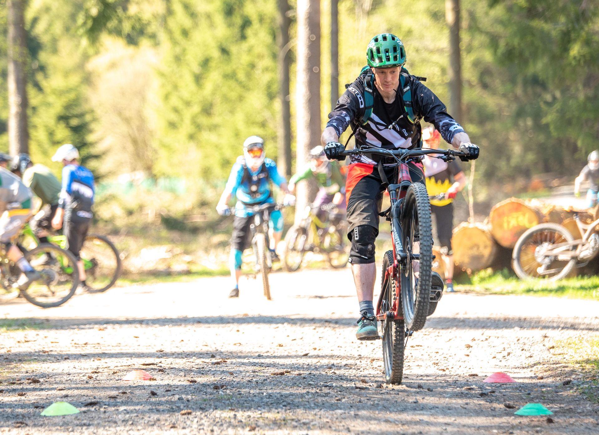 MTB Fahrtechnik Kurse Weiskirchen (Hochwald) Saarland Training Einsteiger Fortgeschritten Experten Kinder Rock my Trail Bikeschule
