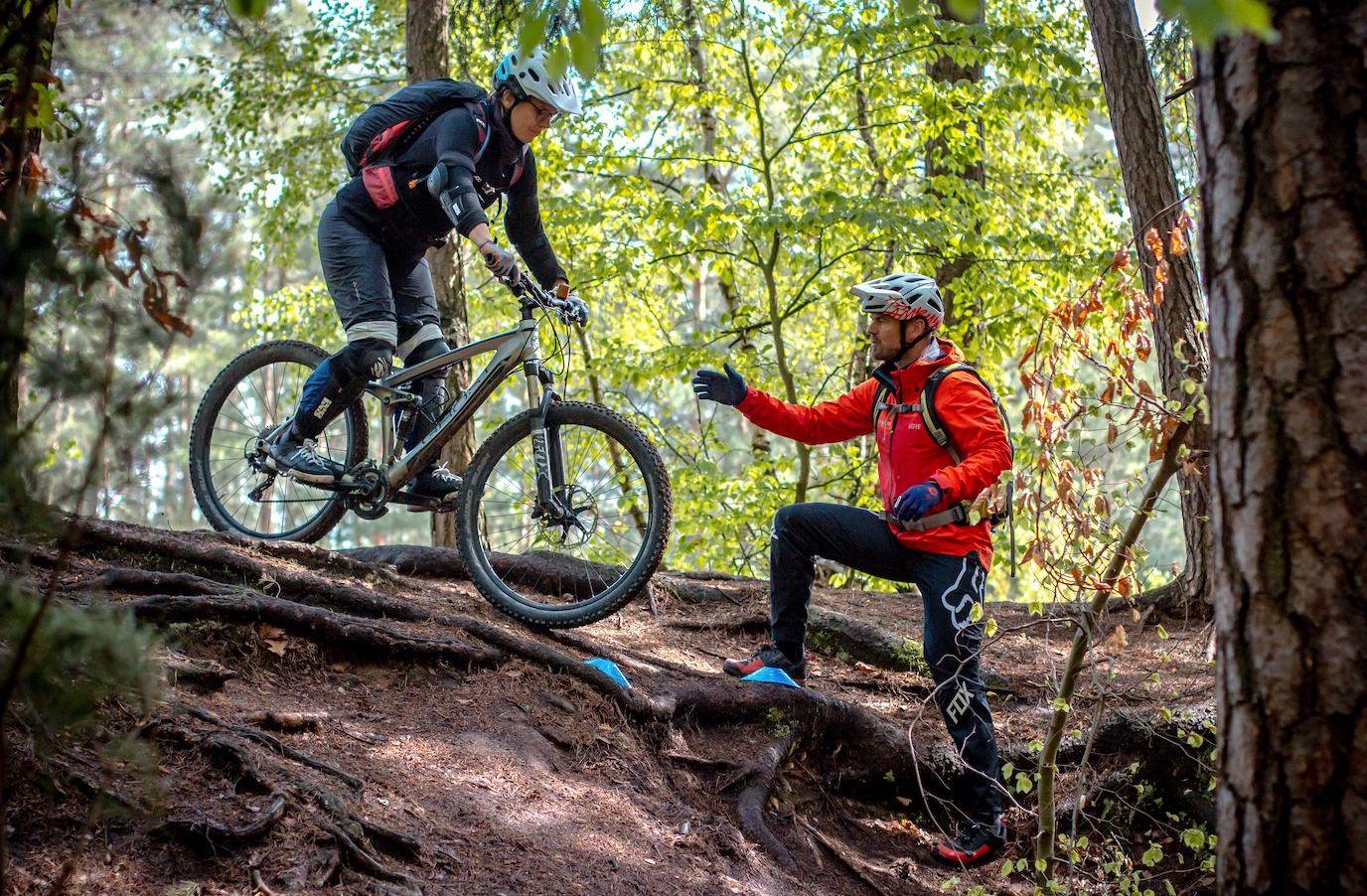 Mountainbike eBike MTB Fahrtechnik Kurse in Esslingen - Stuttgart - Training Rock my Trail Bikeschule