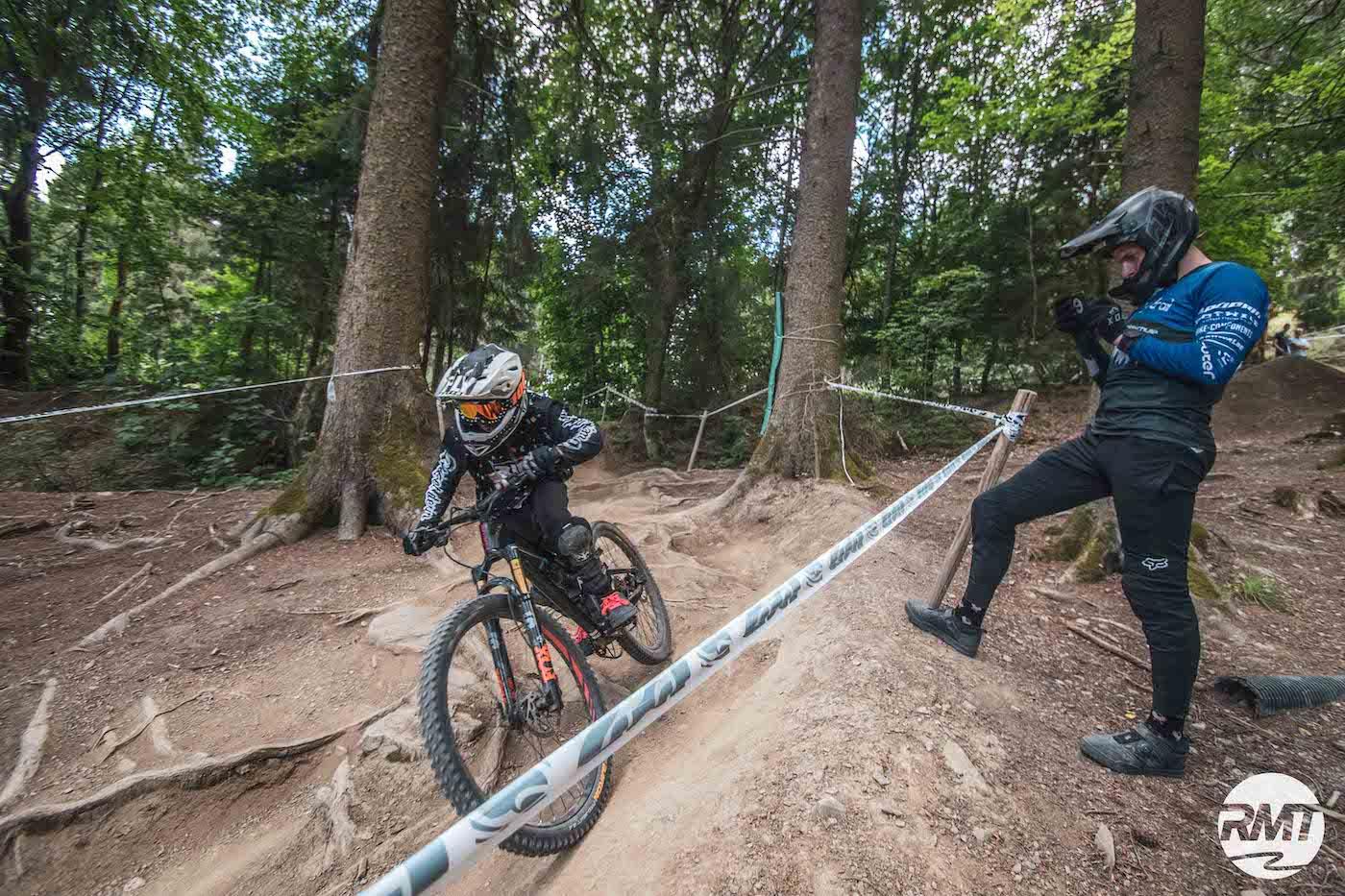 Bikepark Kinder Fahrtechnik Basic Kurs 8-12 Jahre Training Rock my Trail Kurs Bikeschule