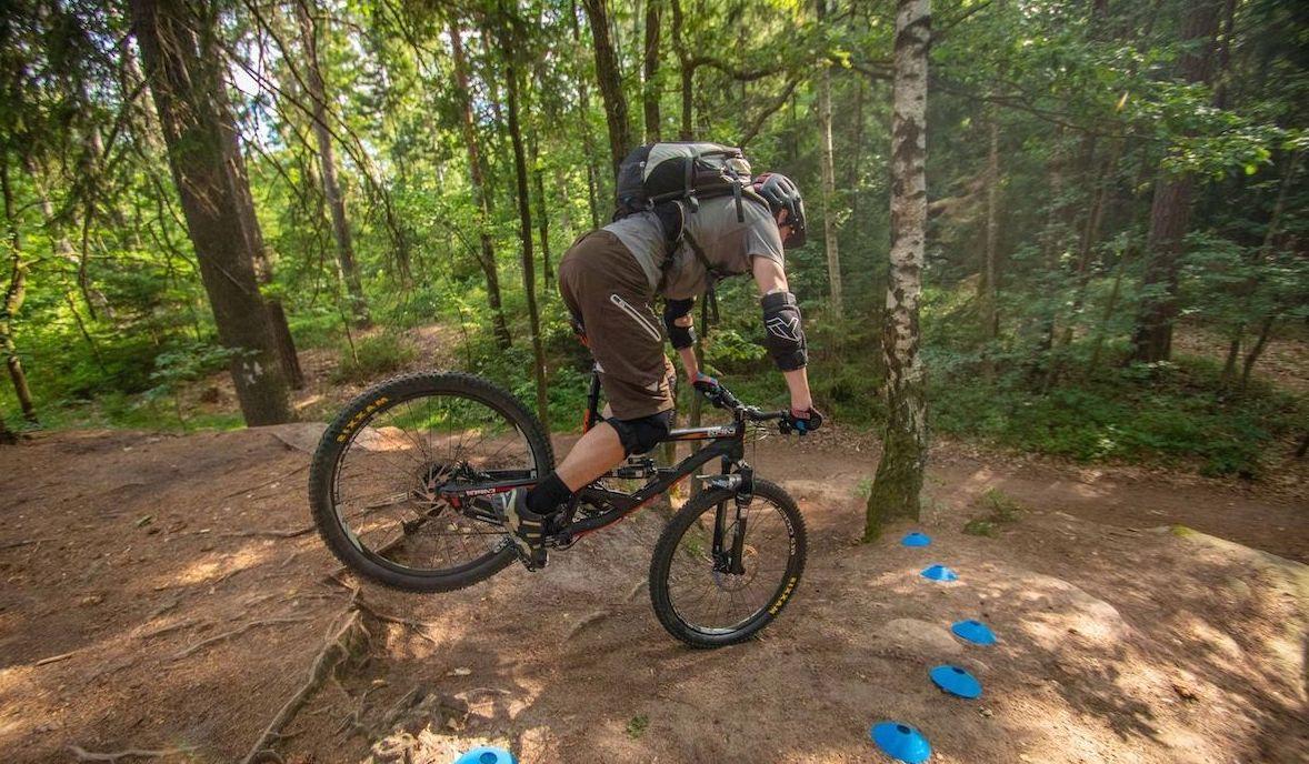 Experten Fahrtechnik Kurs in Solingen - Rock my Trail MTB und eBike Bikeschule