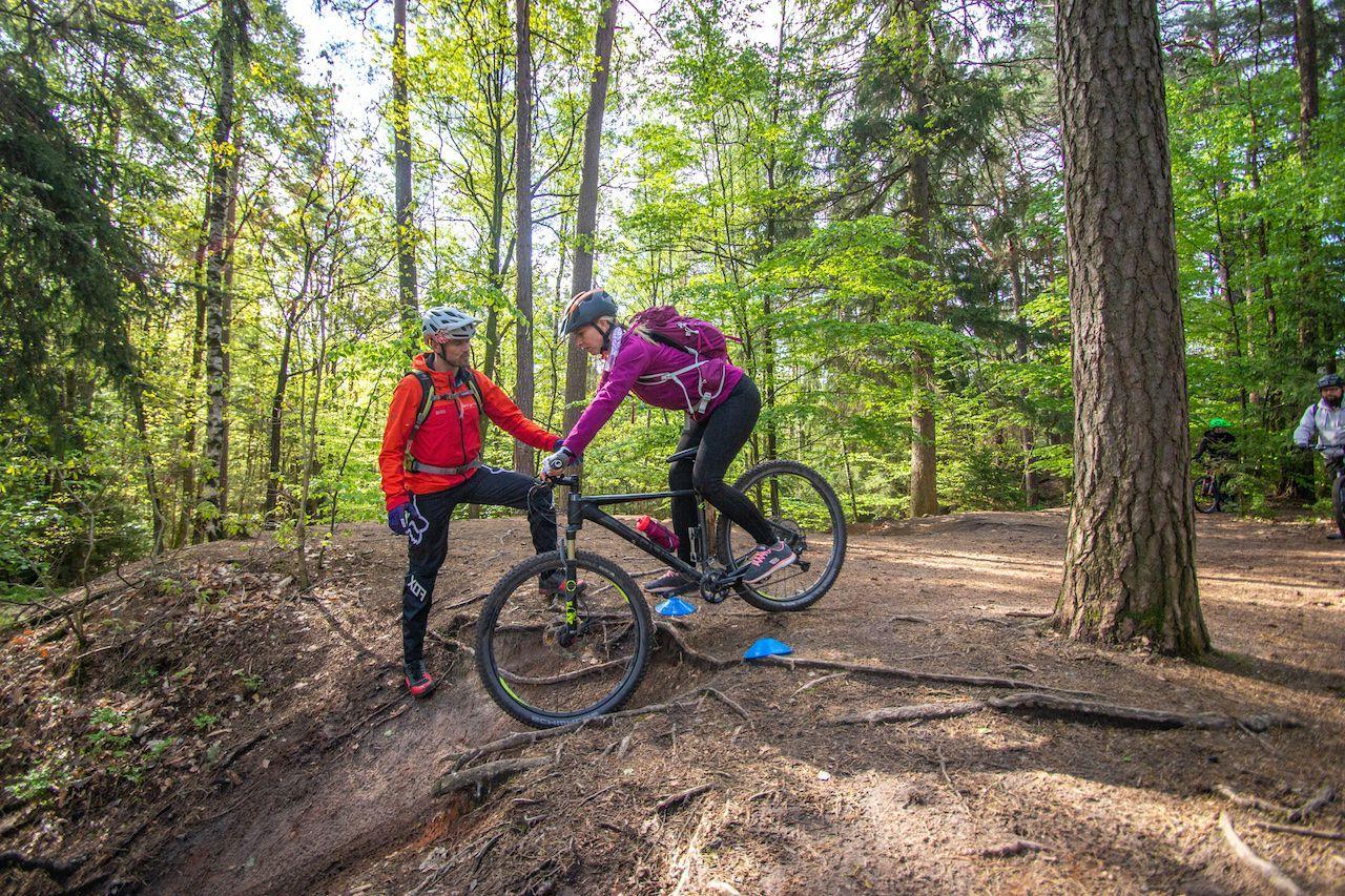 MTB Fahrtechnik Kurs für Einsteiger in Bad Orb   Spessart - Mountainbike Basic - Rock my Trail Bikeschule - 2