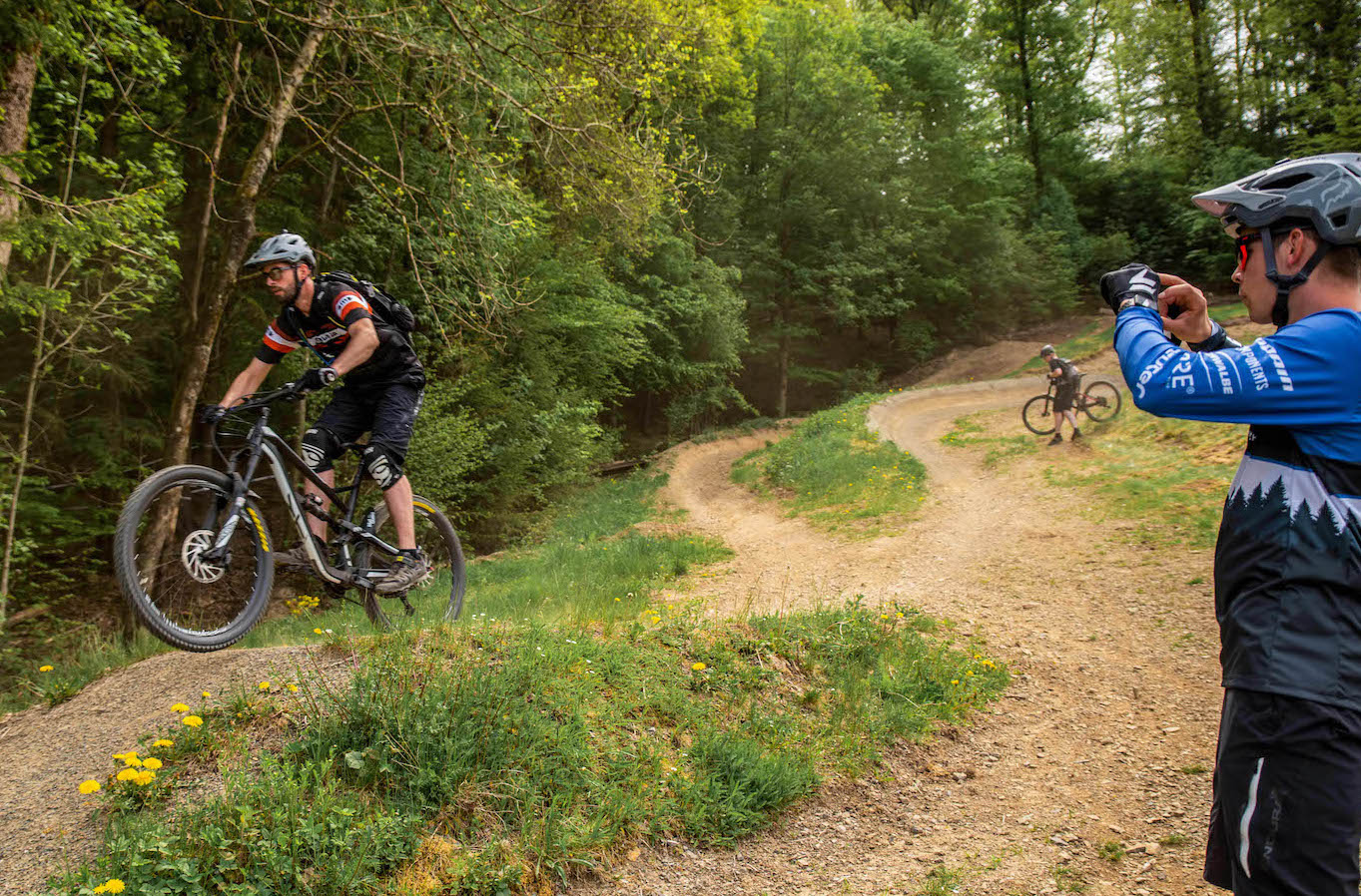 MTB Sprung & Drop Kurs im Trailpark Erbeskopf - Fahrtechnik Training Rock my Trail Bikeschule - 2