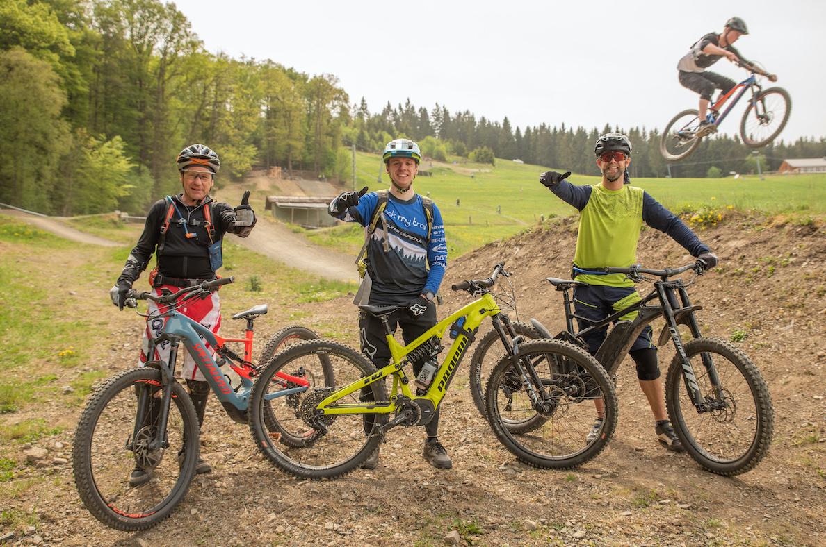 MTB Sprung & Drop Kurs im Trailpark Erbeskopf - Fahrtechnik Training Rock my Trail Bikeschule - 8