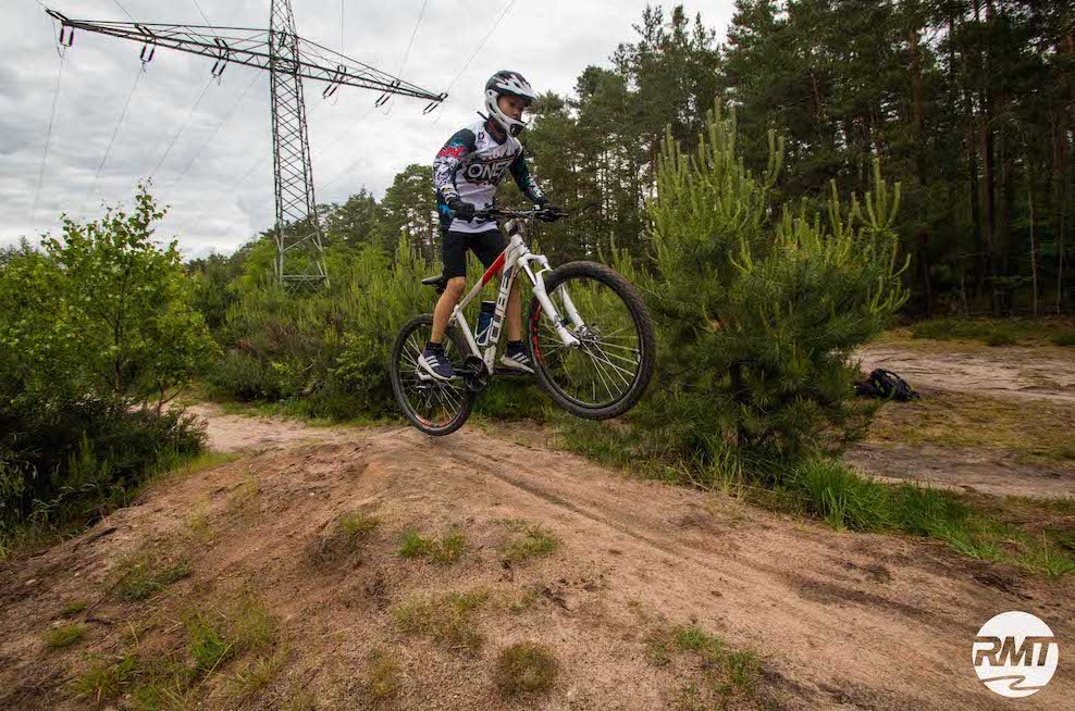 Mountainbike Kinder Kurs in Bad Orb |Spessart - 8-12 Jahre Kids - Rock my Trail Fahrtechnik Bikeschule - 4