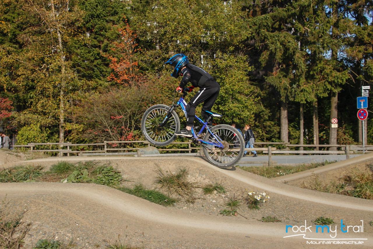 MTB Bikepark Starter Kurs Fahrtechnik Training Rock my Trail