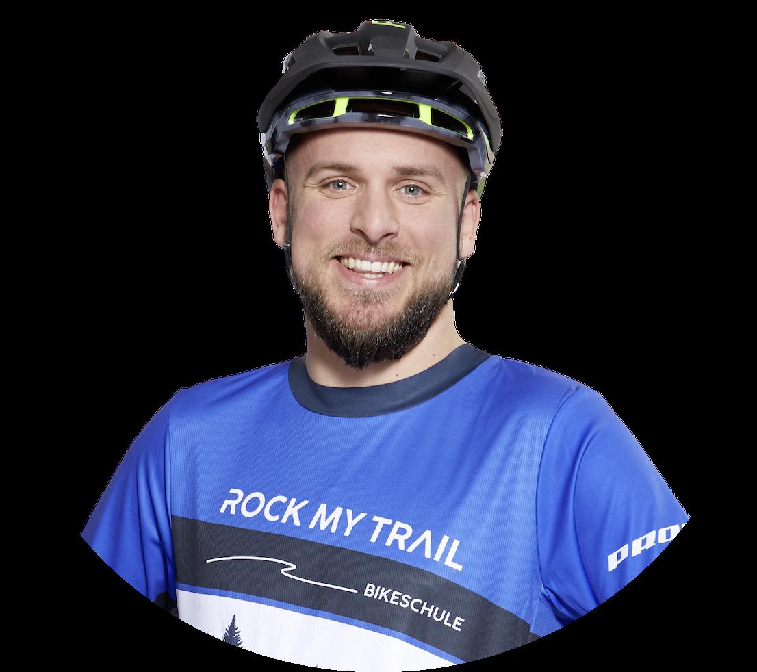 kevin seite frei Testcenter Niedersachsen Gesicht - Rock my Trail Bikeschule