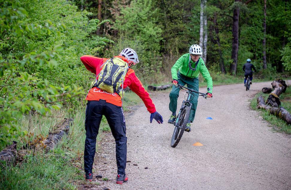 MTB Fahrtechnik Kurs Fortgeschrittene in Siegburg | Bonn - Mountainbike Fortgeschritten - Rock my Trail Bikeschule - 3