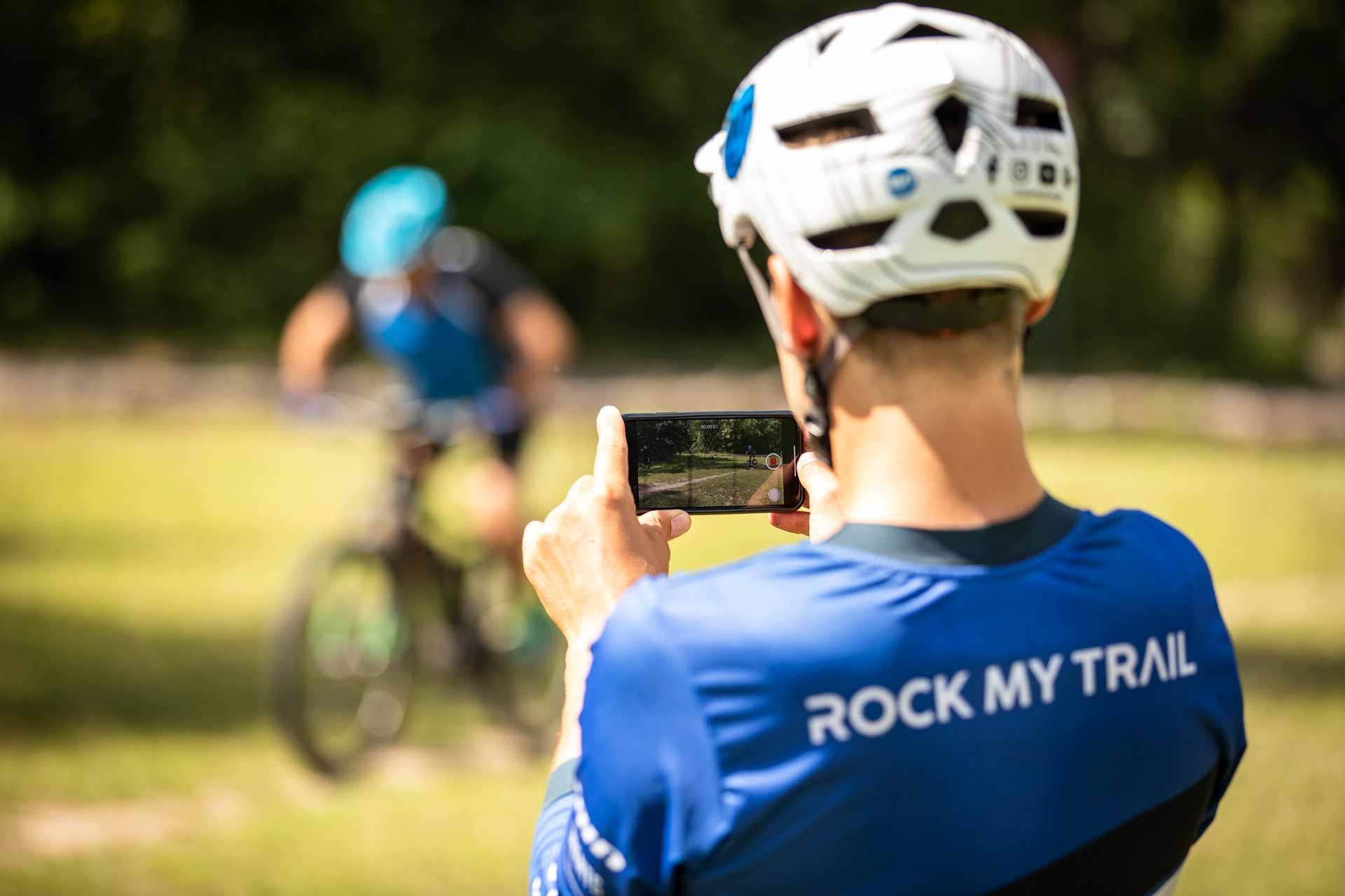 eMTB eBike Fortgeschritten Fahrtechnik Kurs in Siegen - Rock my Trail Bikeschule320