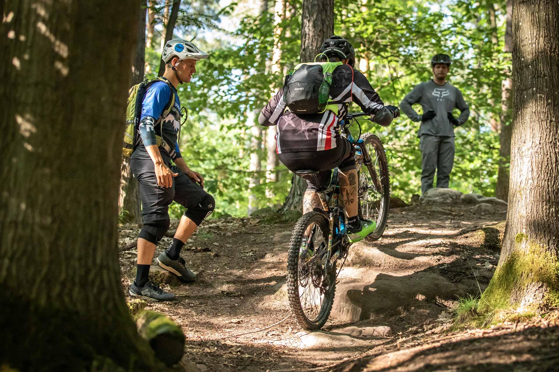 eMTB eBike Fortgeschritten Fahrtechnik Kurs in Siegen - Rock my Trail Bikeschule325