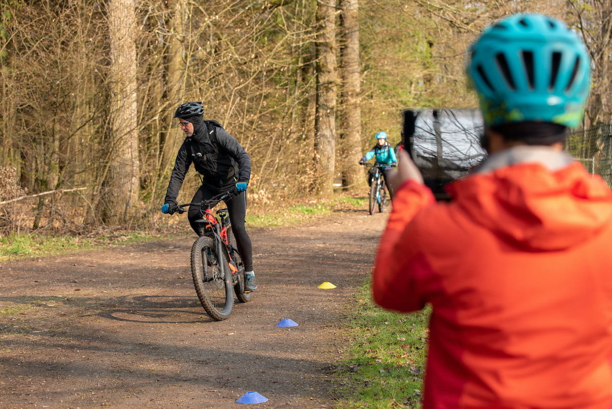 eMTB eBike Fortgeschritten Fahrtechnik Kurs in Siegen - Rock my Trail Bikeschule328