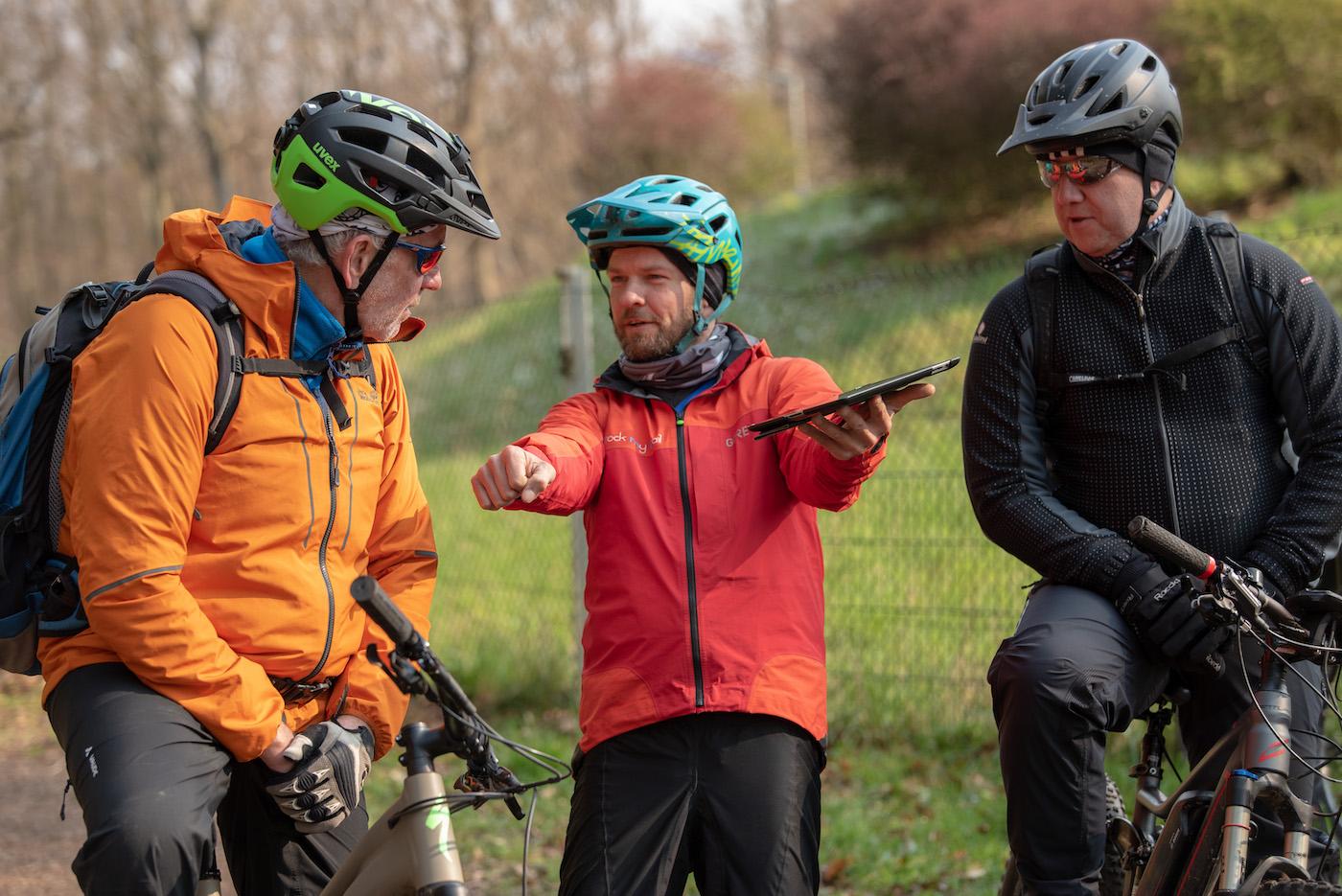 eMTB eBike Fortgeschritten Fahrtechnik Kurs in Siegen - Rock my Trail Bikeschule330