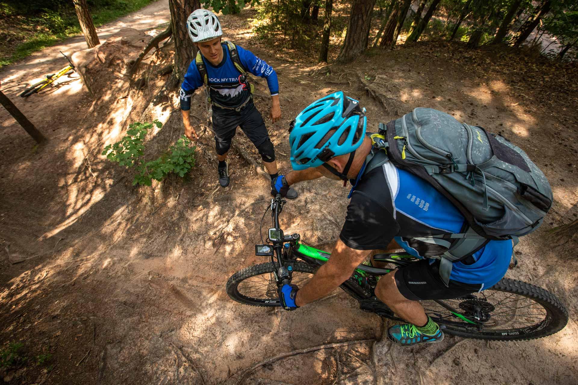 eMTB eBike Fortgeschritten Fahrtechnik Kurs in Siegen - Rock my Trail Bikeschule35