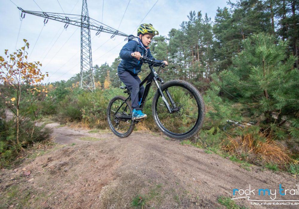 MTB Kinder Fortgeschritten Fahrtechnin Kurs - Rock my Trail Bikeschule