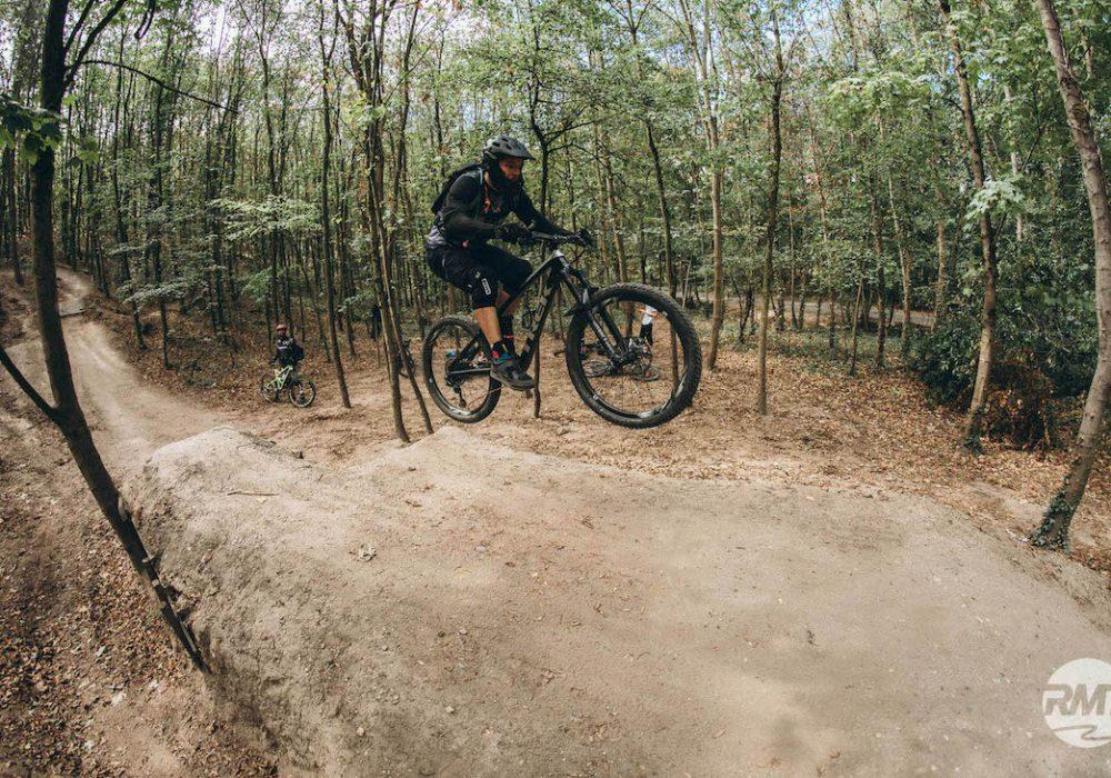 MTB Sprung & Drop Kurs in Moers - Niederrhein - Halde Norddeutschland - Fahrtechnik Training Rock my Trail Bikeschule GmbH - 19