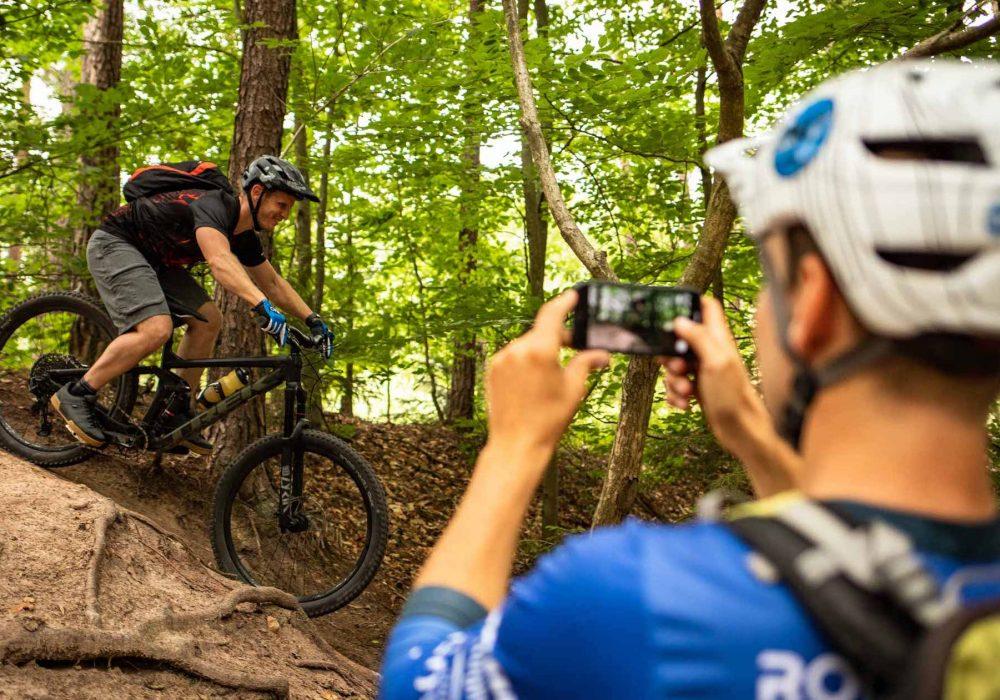 Mountainbike eBike MTB Fahrtechnik Kurse in Olpe - Training Rock my Trail Bikeschule