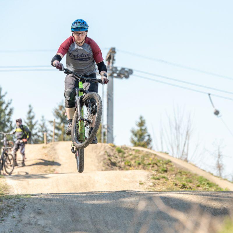 MTB Sprung & Drop Kurs - Fahrtechnik Training Rock my Trail Bikeschule- 9