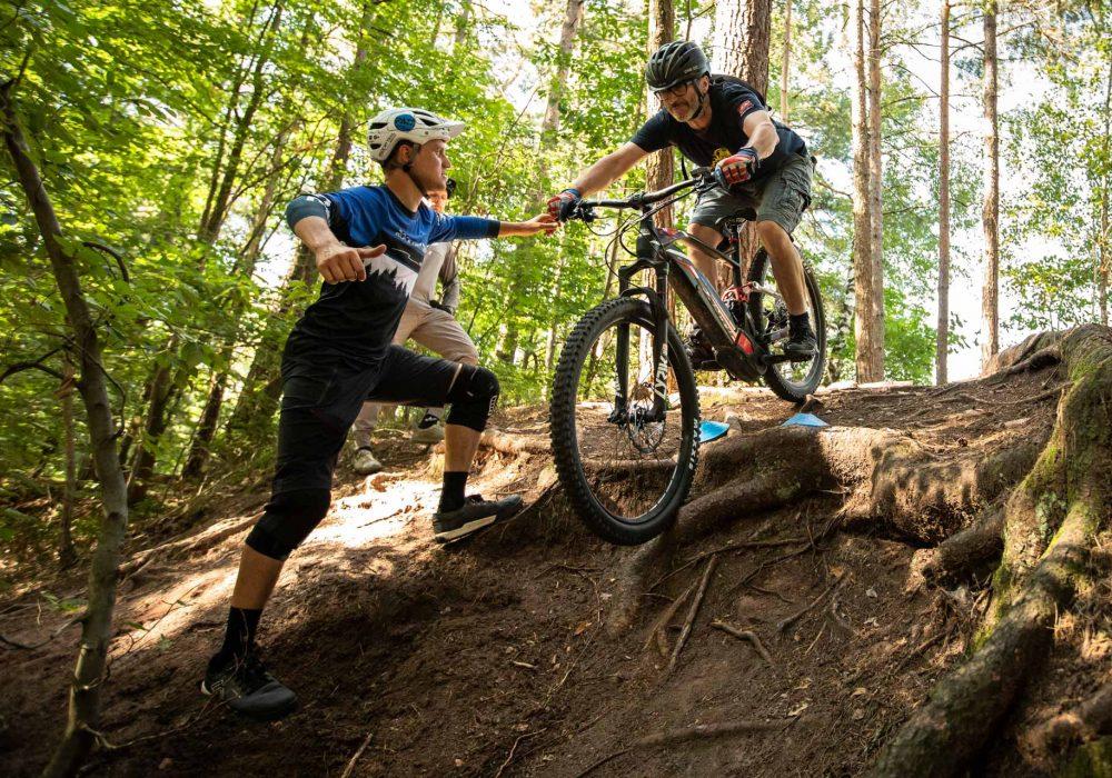 eMTB Basic Fahrtechnik Kurs Gummersbach   Wiehl Rock my Trail Bikeschule